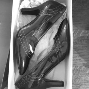 Pewter Sofft brand patent heels
